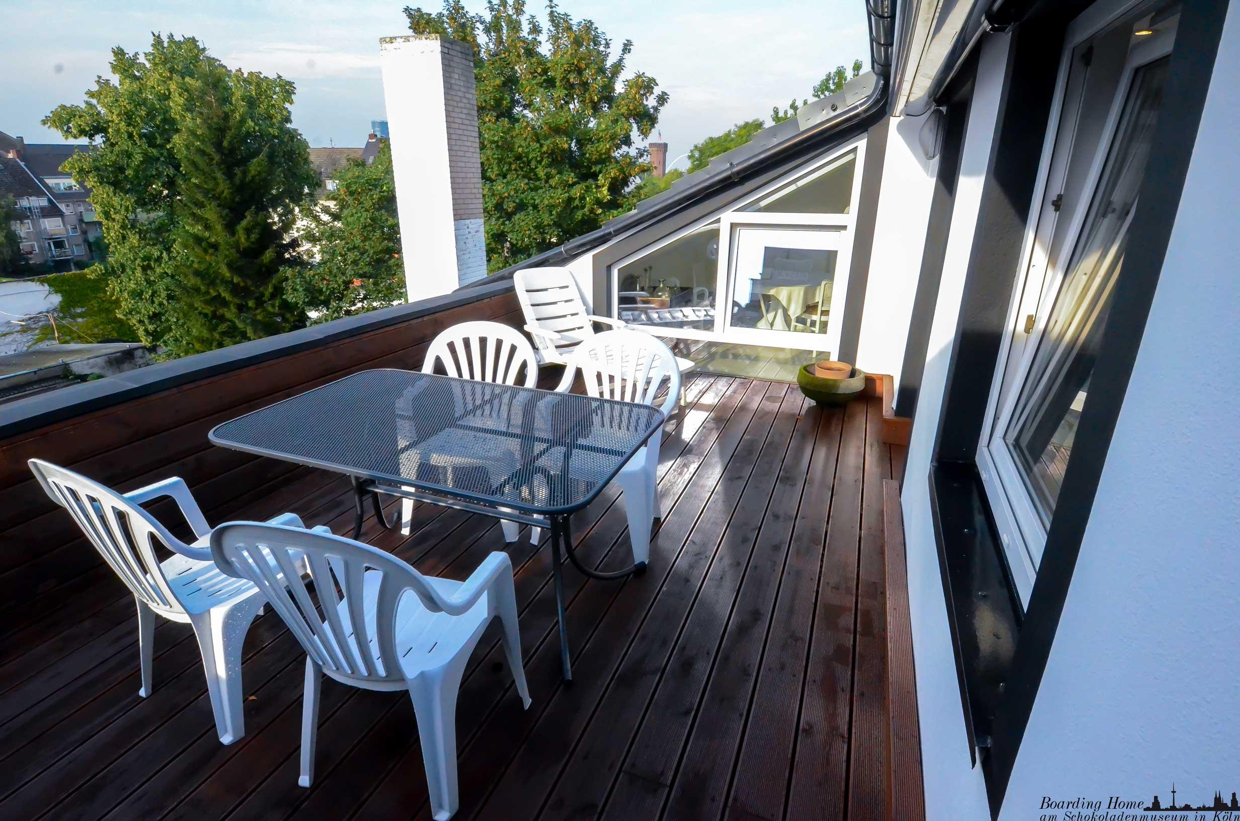 sui2_balkon2
